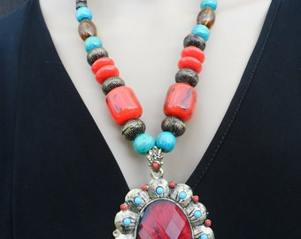 Gorgeous Asian tradition Necklace Modern jewellery