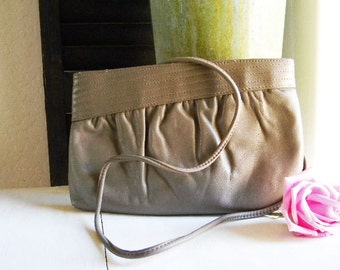 Vintage Leather CLUTCH  Handbag Purse Mervyn's Soft TAUPE - ELEGANT - Crossbody Strap 1980's-1990's -- Like Brand New