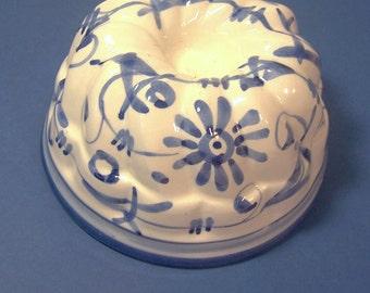 ITALIAN CERAMIC MOLD - For Gelatin or Pudding - Handpainted in Cobalt Blue on White