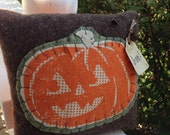 Boo! Prim Pumpkin Pillow Tuck~ Primitive Jack o lantern~ vintage style decor~ handmade wool~ Fall~ Autumn~ Halloween~ Prims