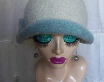 10% OFF CODE Winter White & Seafoam Vintage Inspired Crocheted Felted Cloche Flapper Hat 'Carrie Bell'