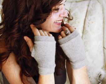 Cashmere Fingerless Gloves in sand- Fingerless Mittens - Wrist Warmer