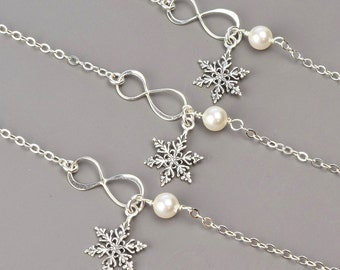 Bridesmaid Bracelet SET OF 5 - 10% OFF Sterling Silver Snowflake Bracelets - Pearl Bridesmaid Jewelry Set - Wedding Jewelry