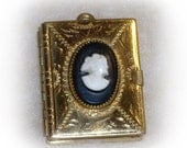 Antique Vintage Cameo Gold Tone Book Locket with Pages for 6 Photos!