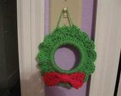 A little crochet christmas Wreath Pattern PDF file