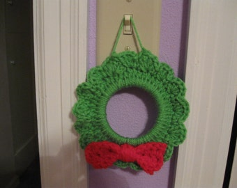 A little crochet christmas Wreath Pattern PDF file