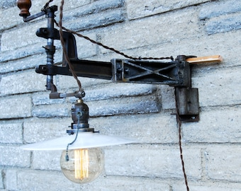 Reclaimed Glass Cutter Sconce