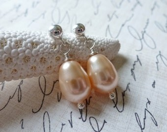 Peach Pear Shaped Pearl Earrings / Sterling Silver Post Earrings / SimplyJoli / Sweet & Petite / Feminine Simplicity