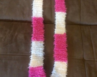 Pink and White Extra Soft Scarf