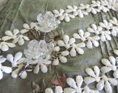 1 Yard Gorgeous Vintage Victorian French Schiffli White Daisy Lace/ Applique Victorian French