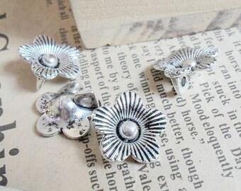 20PCS antique silver 14mm flower charm pendant- WB228