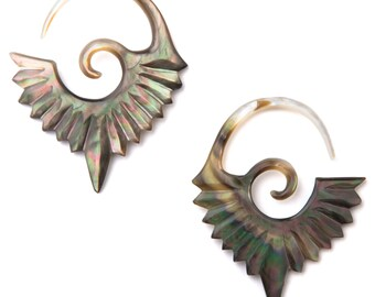 10G Pair Black Mother of Pearl Mayan Sunburst Gauged Earring Plugs 10 gauge Organic Hand Carved Body Piercing Jewelry