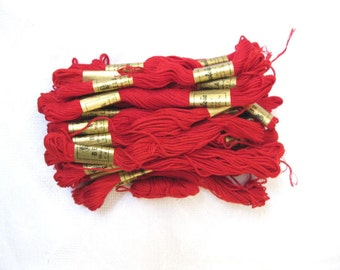 "Vintage red embroidery threads ""Bela"" / Mouline 20 pieces100% cotton"