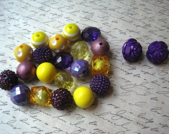 Chunky Necklace Kit, Purple and Yellow Gumball Bead Kit, Bubblegum Necklace Kit, Hardware Included, Necklaces, Fun Kids Project