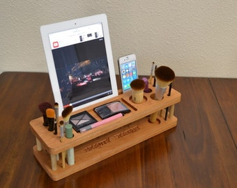 Beauty Station iMake-Up Station , Make-up Storage, Make-up Organizer, Valetine Gift for Her, iPhone and any Tablet and any Smartphone