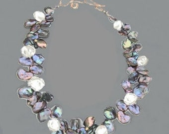 Strand of ebony peacock white keshi pearls Necklace 338