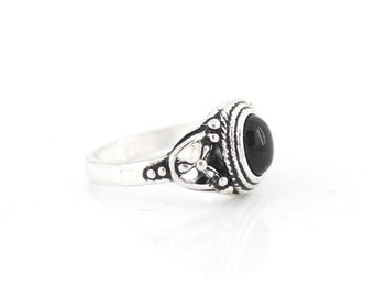 Lovely Vintage Retro Silver-tone Black Stone RING,Size selectable