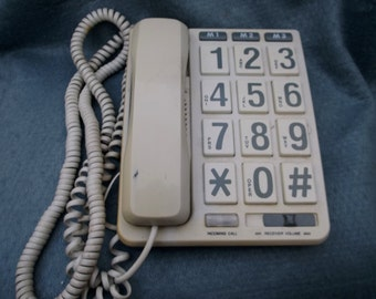 Big Numbers 80's / 90s Phone - Chunky Dial Numbers Super Cool- 3 memory - Funky Style - Hello...