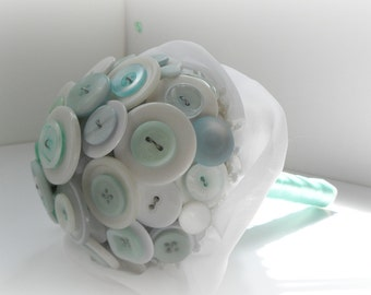 Icy Breath Button Bouquet