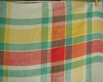 """Vintage Linen Plaid Tablecloth with 7 Matching Napkins, 67 x 52"""""""