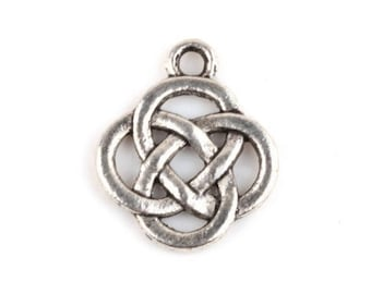 8 Round CELTIC KNOT  Small Circle Charms Slightly Smaller Irish Trinity Symbol Atq Silver Tone About 15.5x19 mm