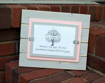 Picture Frame - Distressed Wood - Holds a 5x7 Photo - Horizontal Boards - Light Gray & Light Pink