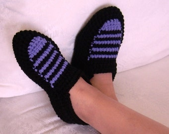 House slippers, warm accessories,  yarn shoes, women slippers, cozy warm, winter warm, ladies knits, Christmas gift, great gift, for her.