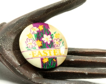 Easter Sunday Small Round Vintage Sunday School Lapel Pin - Easter Lilies Yellow White Purple - Pinback Button