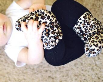 Mini Leopard Print Minky Slouch Baby Booties