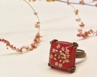 real flower ring, red square ring, pressed flower ring, nature resin ring, resin jewelry, flower resin ring, nature inspired  - missmayoshop