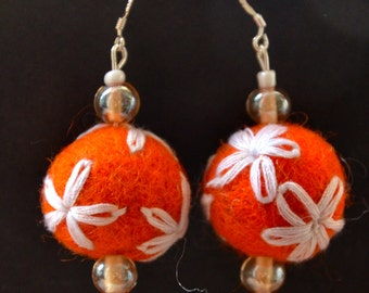 A Set of Embroidered Felt Balls Beaded Earrings