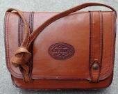 70s boho whiskey brown leather shoulder bag beautiful pantina