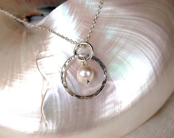 Classic Silver & Pearl Necklace