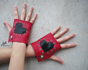 ON SALE! Red leather gloves, fingerless gloves, Black heart, red gloves, Black and red, Valentine's day, Sexy Valentine's day