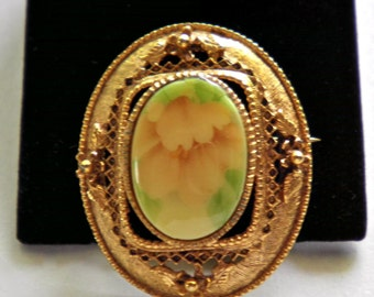 Victorian style Floral Vintage Brooch Pin  soft  Peach and Green circa 1960