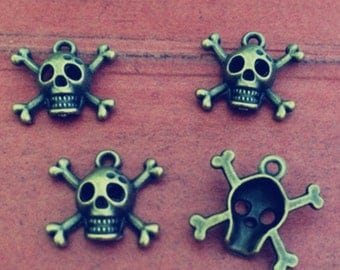25pcs 16x15mm  Skull Charm- antique bronze Charm Pendant Jewelry Findings