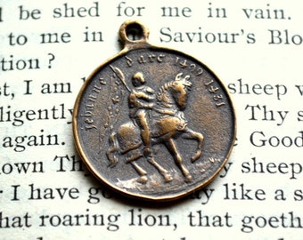 """St. Joan of Arc Religious Medal - 1"""" - Catholic Medal - Vintage Replica - Made in the USA (SF-1068)"""