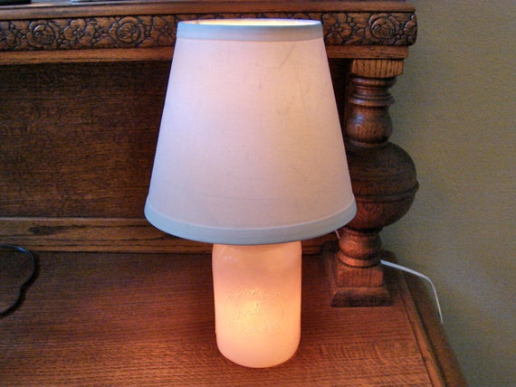 mason jar lamp with shade hand made milky pink mason jar. Black Bedroom Furniture Sets. Home Design Ideas