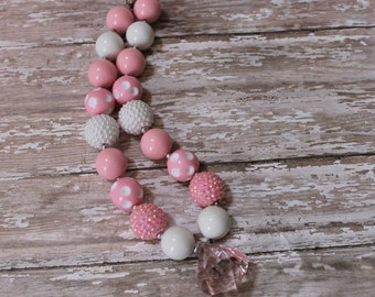 Little Girl Chunky Necklace Pink White Children Baby Beaded Gumball Necklace Photo Prop, 1st Birthday, Wedding, Cake Smash Gum ball Necklace