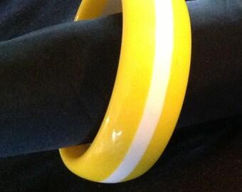 Vintage Lucite Yellow w/ White Stripe Bangle Bracelet