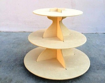 Round  3 tier cupcake stand holds 24 cupcakes