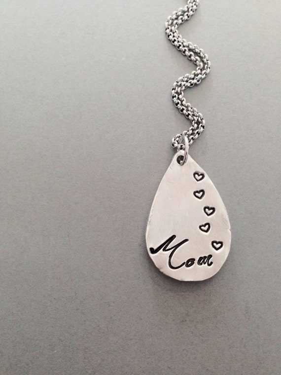 Mom necklace hand stamped and customized jewelry for Jewelry for mom for christmas