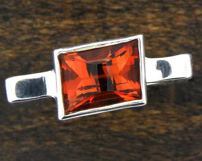UPRISING SALE! Outstanding Oregon Sunstone Ring in Sterlium Silver
