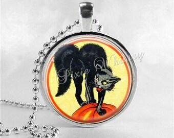 VINTAGE HALLOWEEN Necklace, Black Cat Pendant, Jack O Lantern, JOL, Pumpkin, Victorian Halloween, Glass Art Necklace, Halloween Jewelry