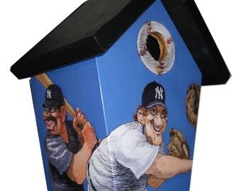New York Yankees Birdhouse