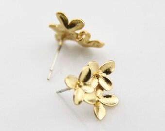 6 pcs or 3 pairs of brass bouquet ear post 16mm flower-4537-matte gold