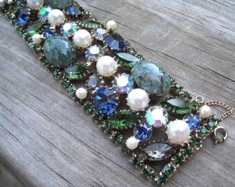 Spectacular Hattie Carnegie Vintage Signed Blue Green Art Glass Bracelet Earrings Faux Pearls Dragons Egg 1950's Mid Century Vintage Bridal