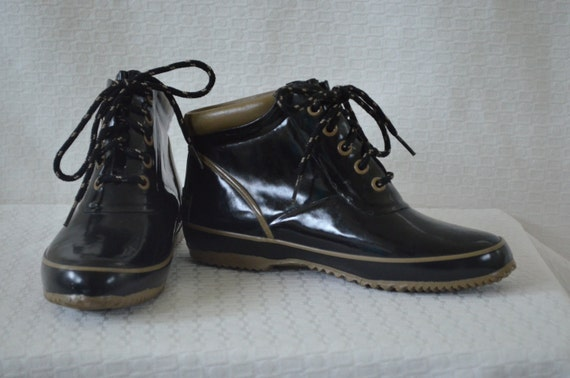 black and khaki sporto ankle duck shoes