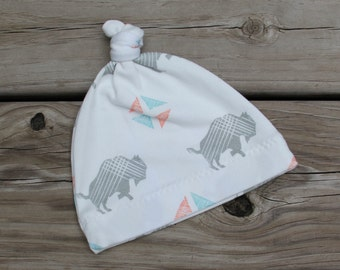 Organic Baby Hat / / Baby Top Knot Hat / / Baby Beanie / / Baby Gift (ONE)