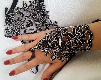 Black and  Silver lace wedding gloves, bridal gloves,  fingerless gloves, black gloves, romantic bridesmaid glove, wedding accessories